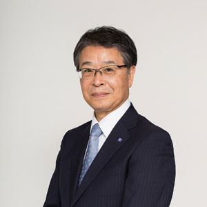 三井田 健